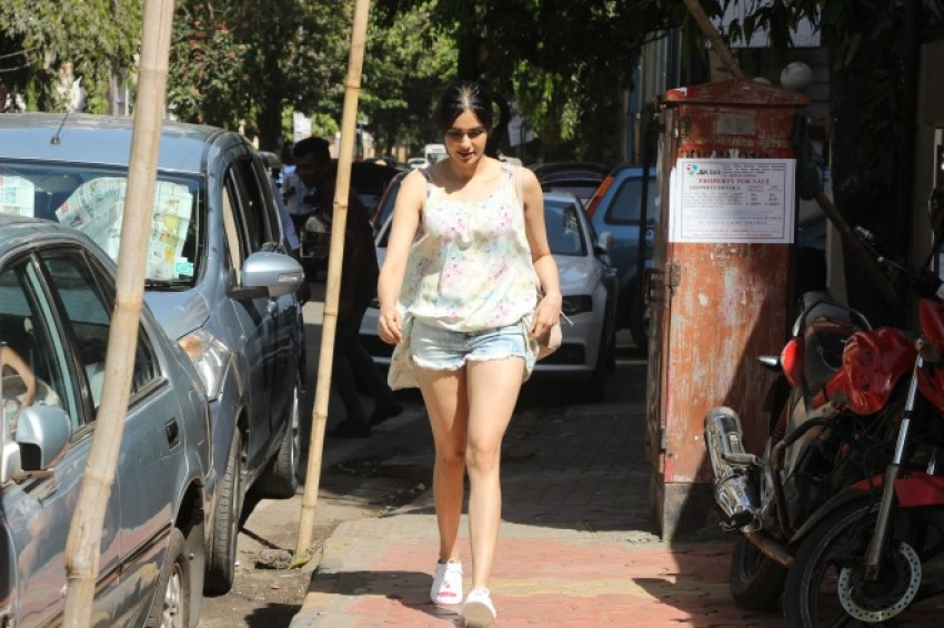 Adah Sharma Spotted At Kitchen Garden Bandra Photos