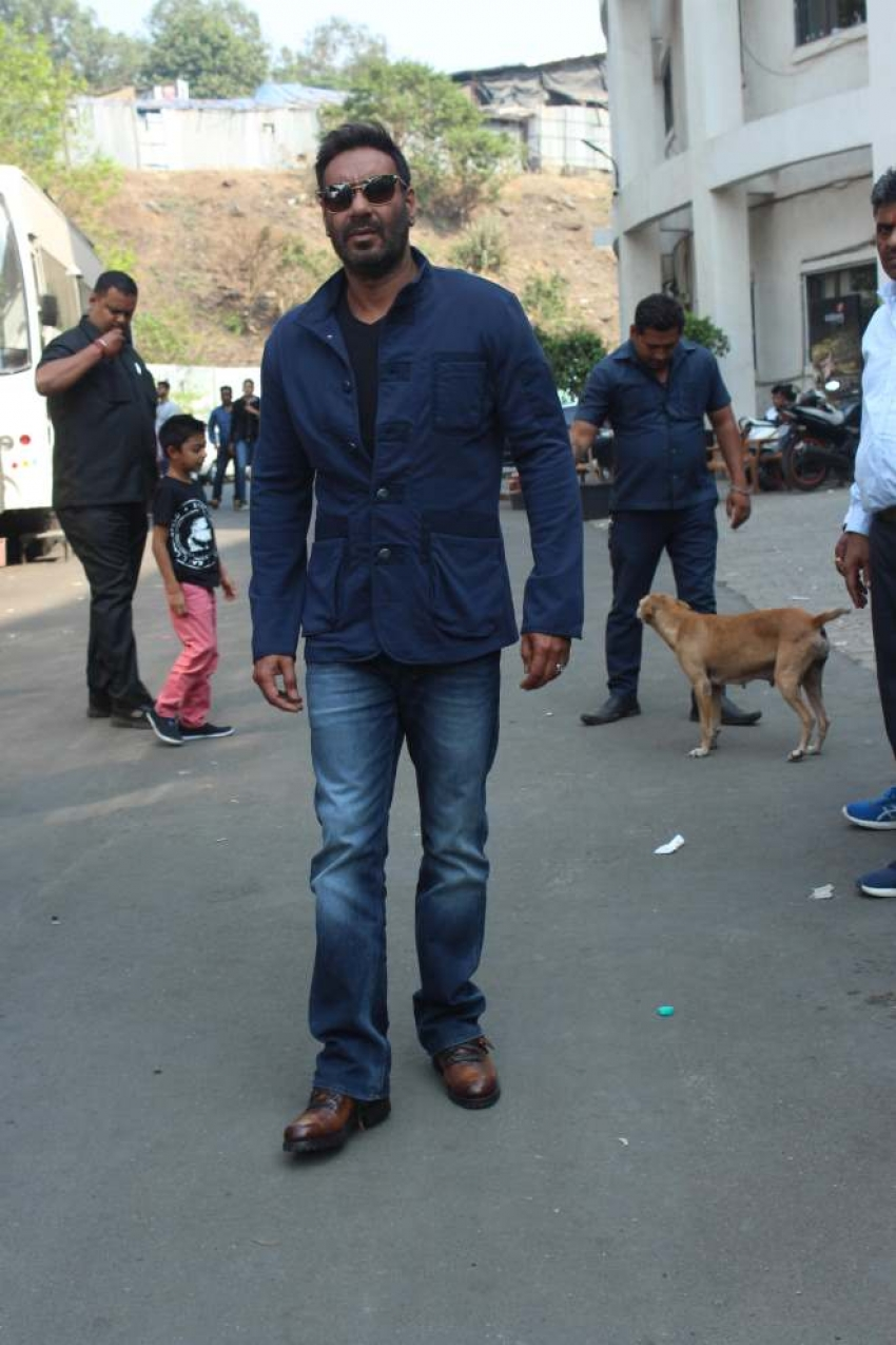 Ajay Devgn and Ileana D'Cruz promote Raid on Super Dancer 2 Photos