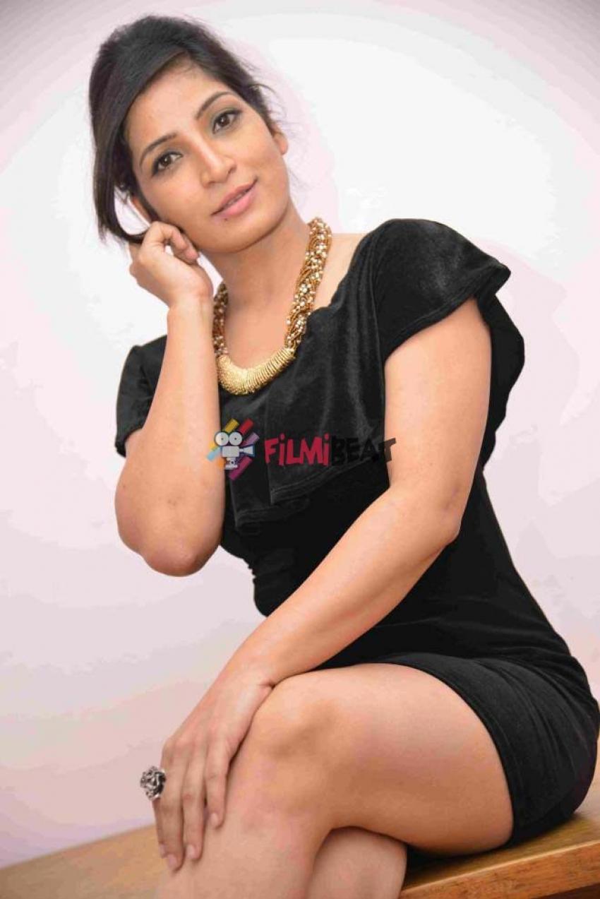 Anitha Bhat Photos