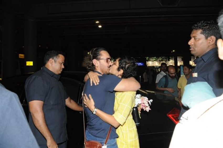 Birthday Boy Aamir Khan Spotted At Mumbai Airport Photos