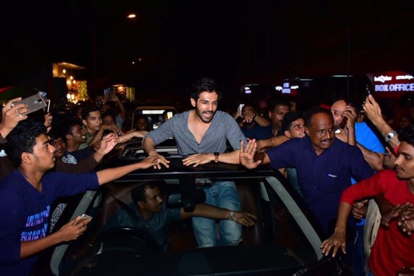 Kartik Aaryan Visit Gaiety Galaxy Cinema Photos