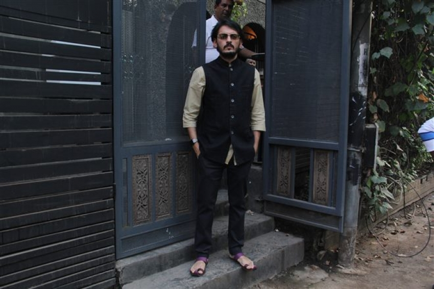 Mukhesh Bhatt's Daughter Sakshi's Engagement At Bandra Photos