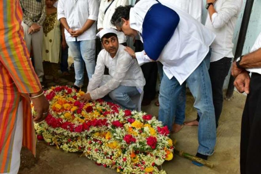 Shammi Aunty Funeral Photos