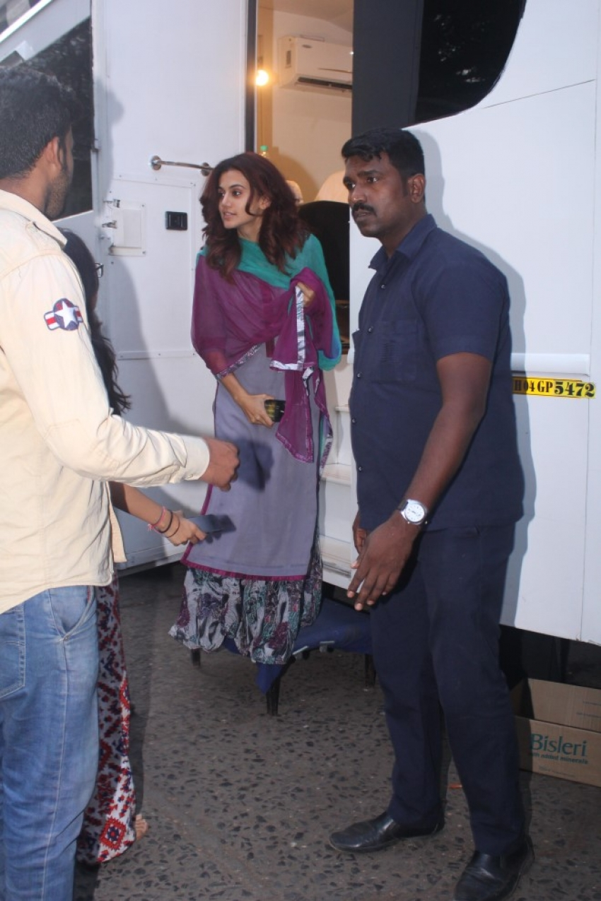 Tapsee Pannu Spotted At Filmistan Studio Photos