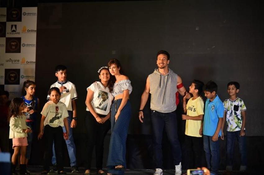 Tiger Shroff And Disha Patani Promote Baaghi 2 In New Delhi Photos