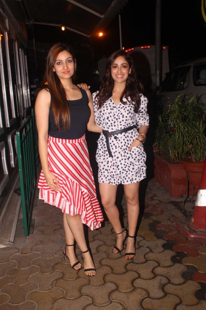 Yami Goutam With Her Sister Spotted At Khar Mumbai Photos