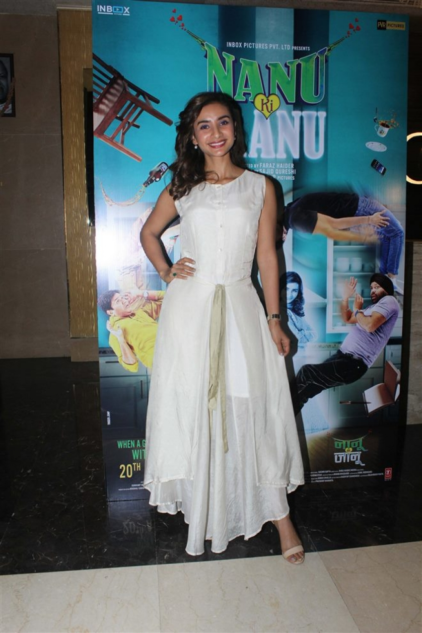 Abhay Deol & Patralekhaa At Special Screening At Nanu Ki Jaanu Photos