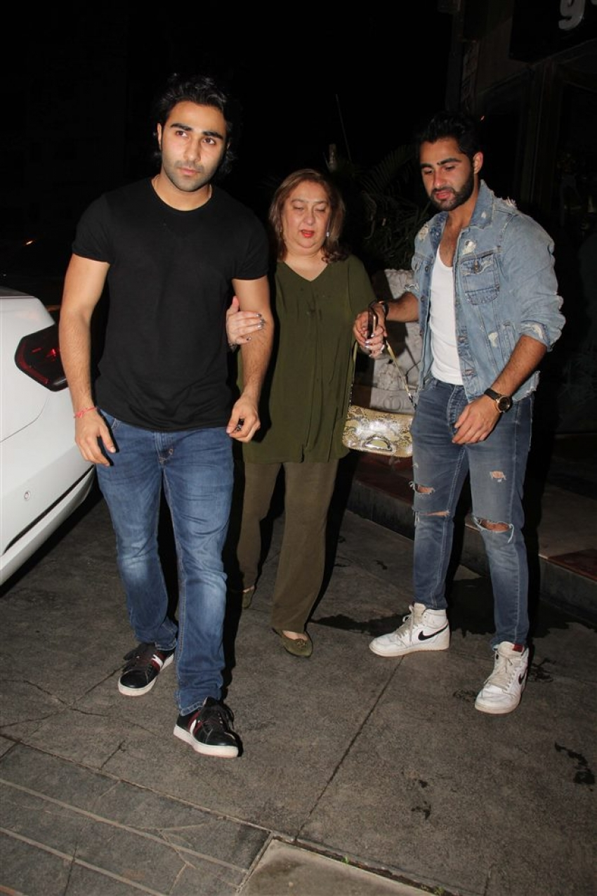 Babita Kapoor Birthday Bash 2018 Photos