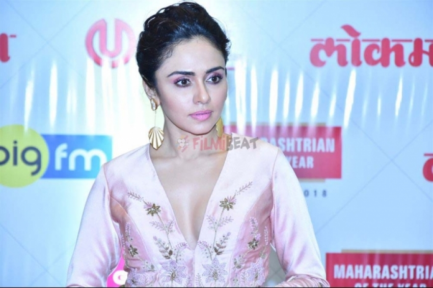 Celebs At Lokmat Awards 2018 Photos