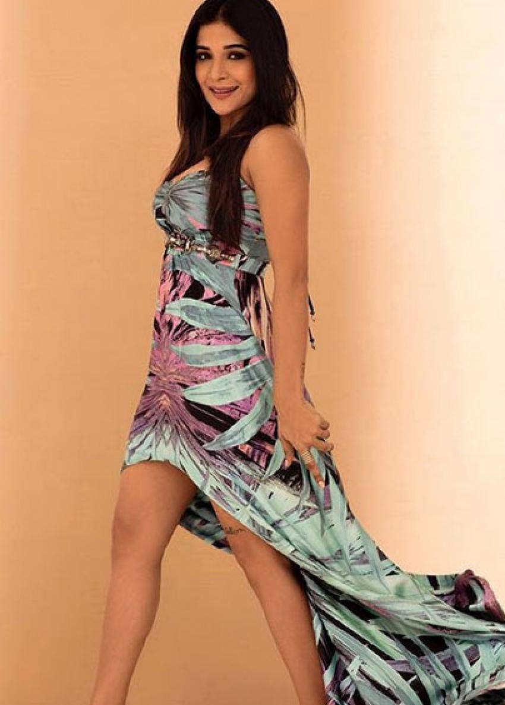Kaala Movie Actress Sakshi Agarwal Photos