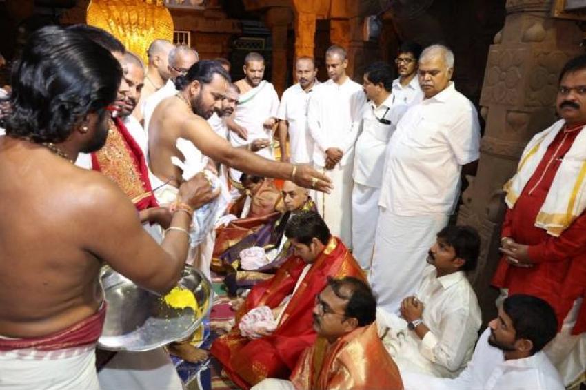 Mahesh Babu Visiting Tirupati After Bharat Ane Nenu's Success Photos