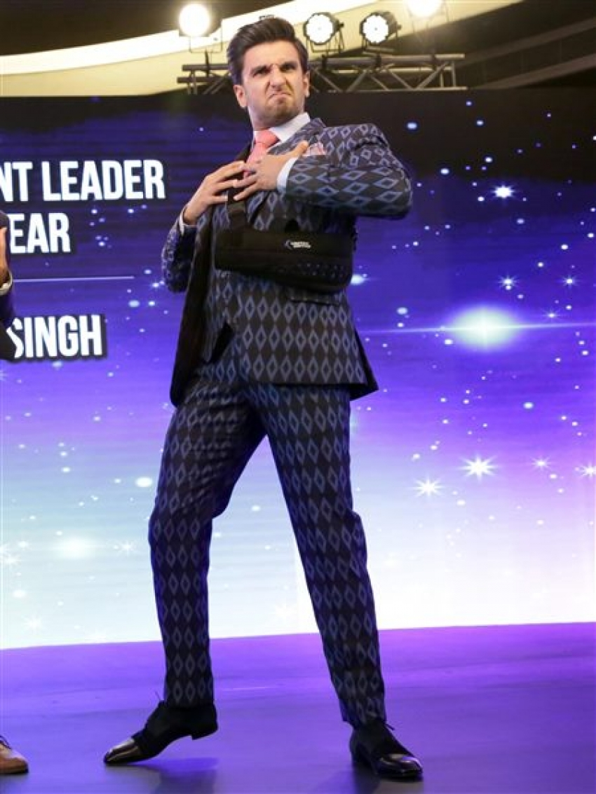 Ranveer Singh Awarded Entertainment Leader Of The Year At CNBC TV'18 Photos