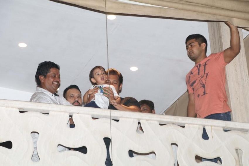 Salman Khan At Galaxy Apartment Photos