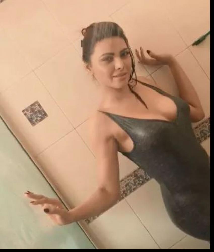Sherlyn Chopra Photos