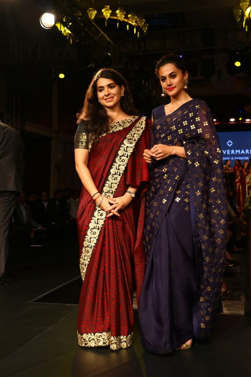 Taapsee Pannu Unveils The Forevermark Collection Photos