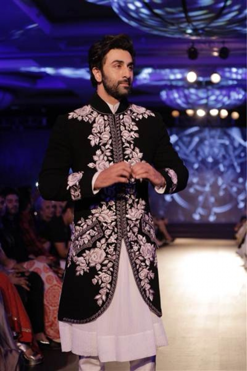 The Walk of Mijwan Fundraiser Fashion show Photos