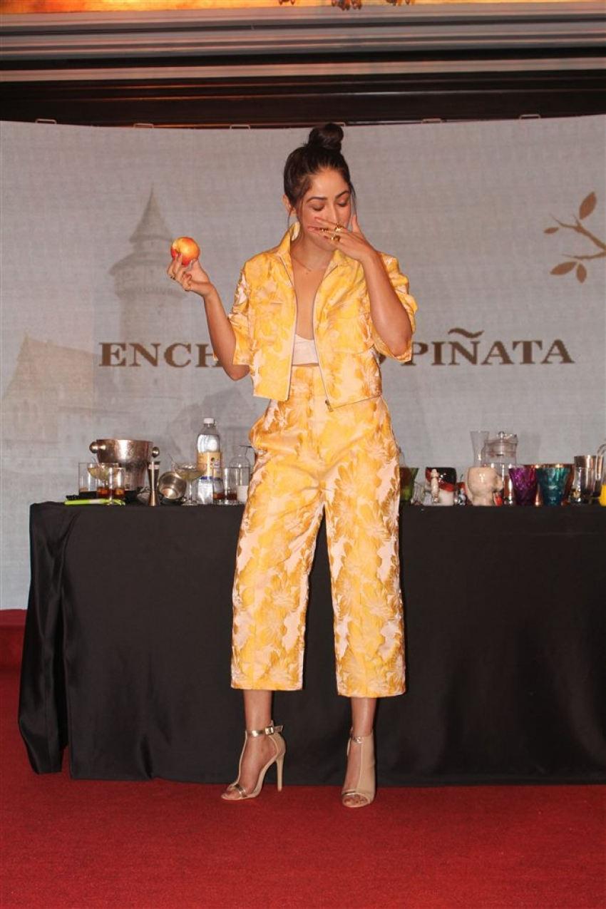 Yami Gautam Launch Pinata Apples Photos
