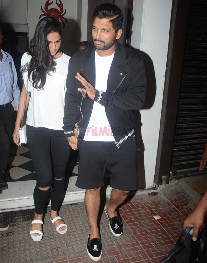 Allu Arjun With Wife Spotted At Bastian Bandra Photos