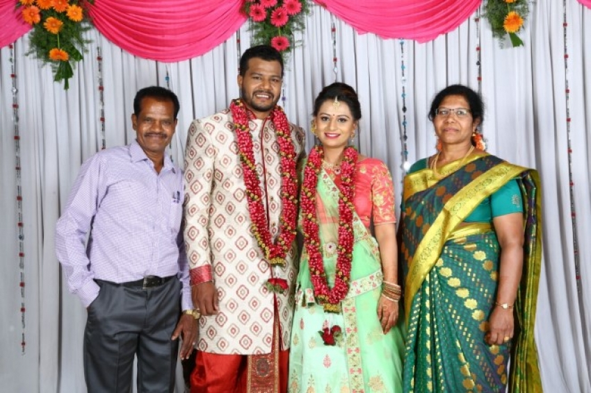 Gowthami Gowda Engagement Pictures Photos