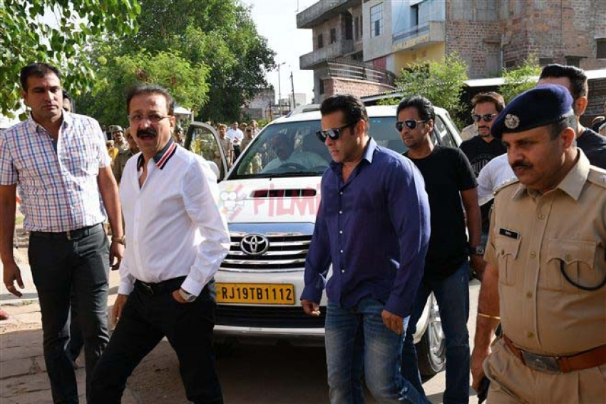 Salman Khan Arrives At Session Court For Hearing Of Black Buck Pouching Case Photos