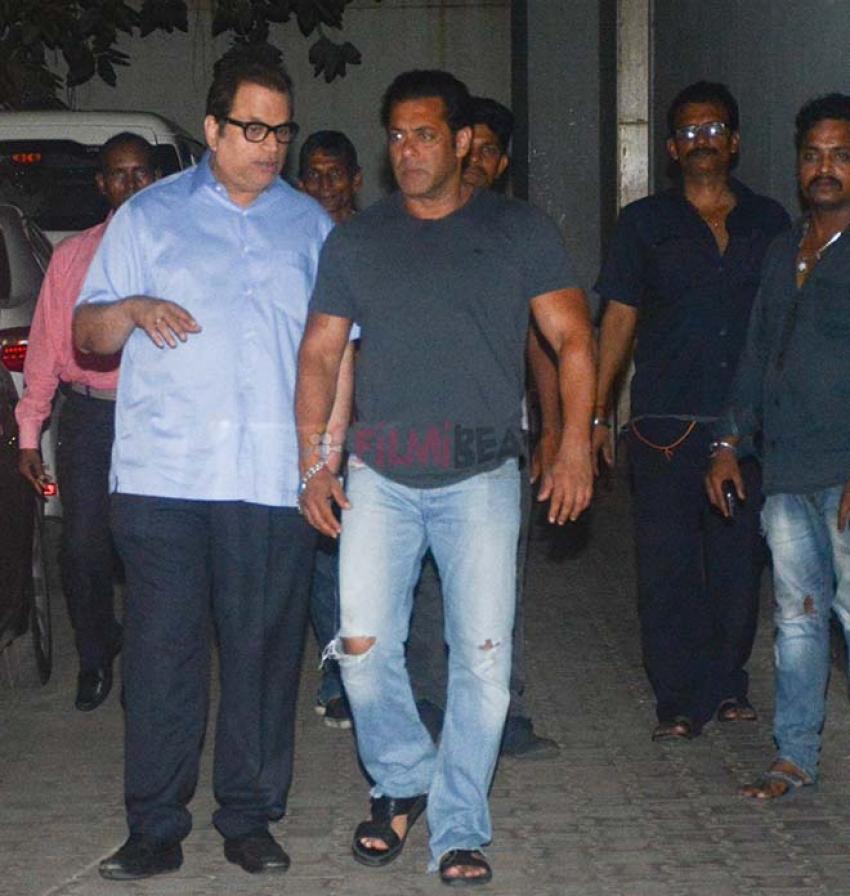 Salman Khan Spotted At Ramesh Torrani's Office Khar Photos
