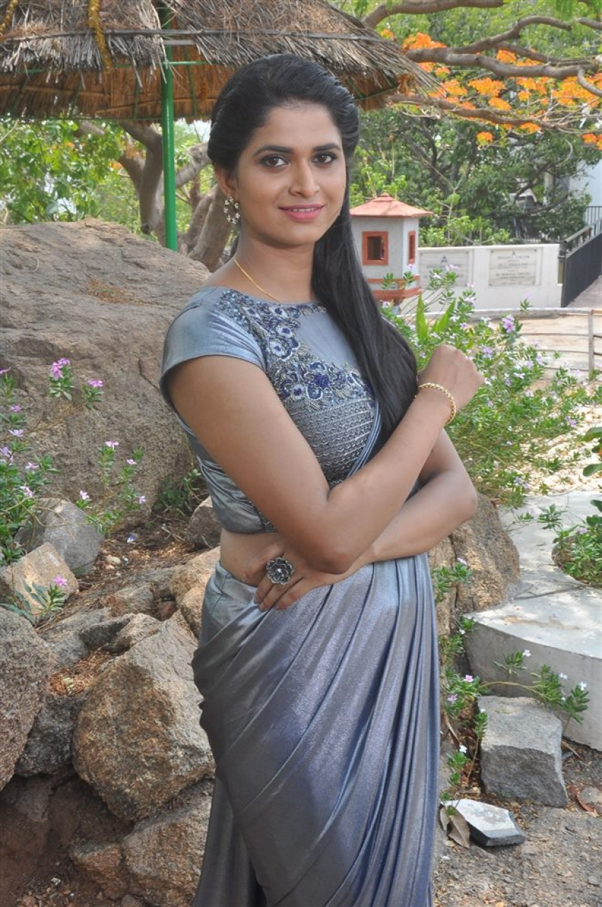 Suma Poojari Photos