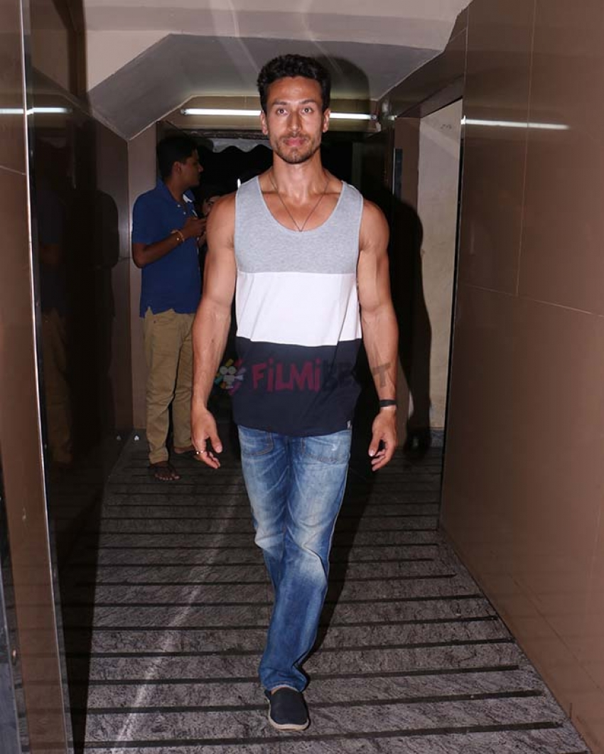 Tiger Shroff With Disha Patani Spotted At Bandra Photos