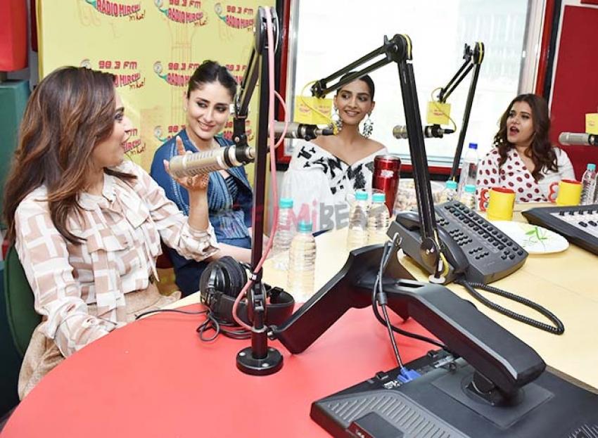Veere Di Wedding Starcast Promoting The Movie At Radio Mirchi Photos