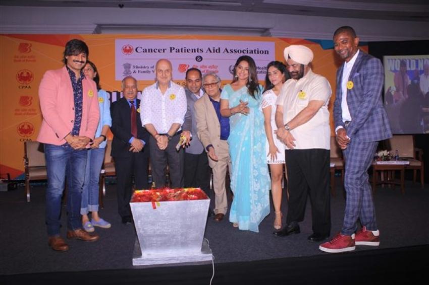Vivek Oberai & Anupam Kher At World No Tobacco Day 2018 Photos