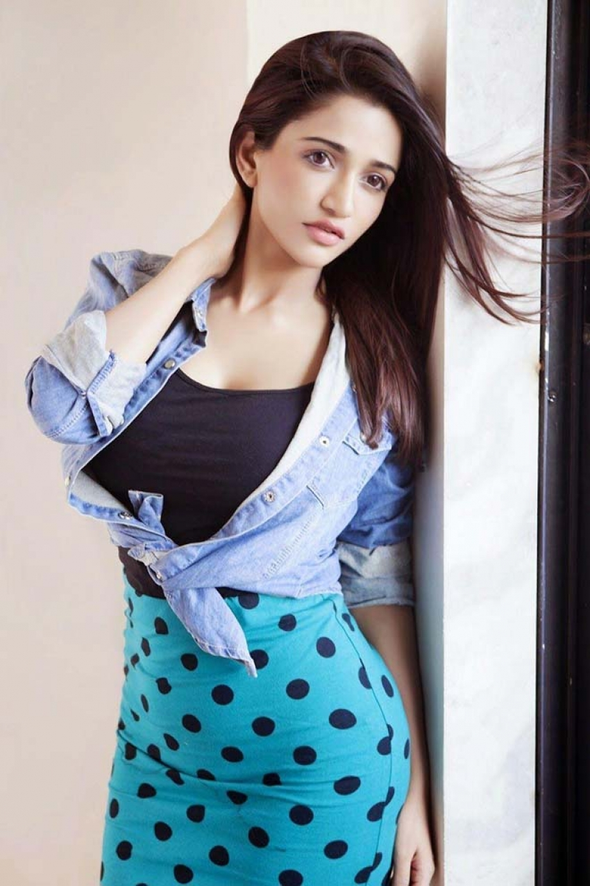 Anaika Soti Photos