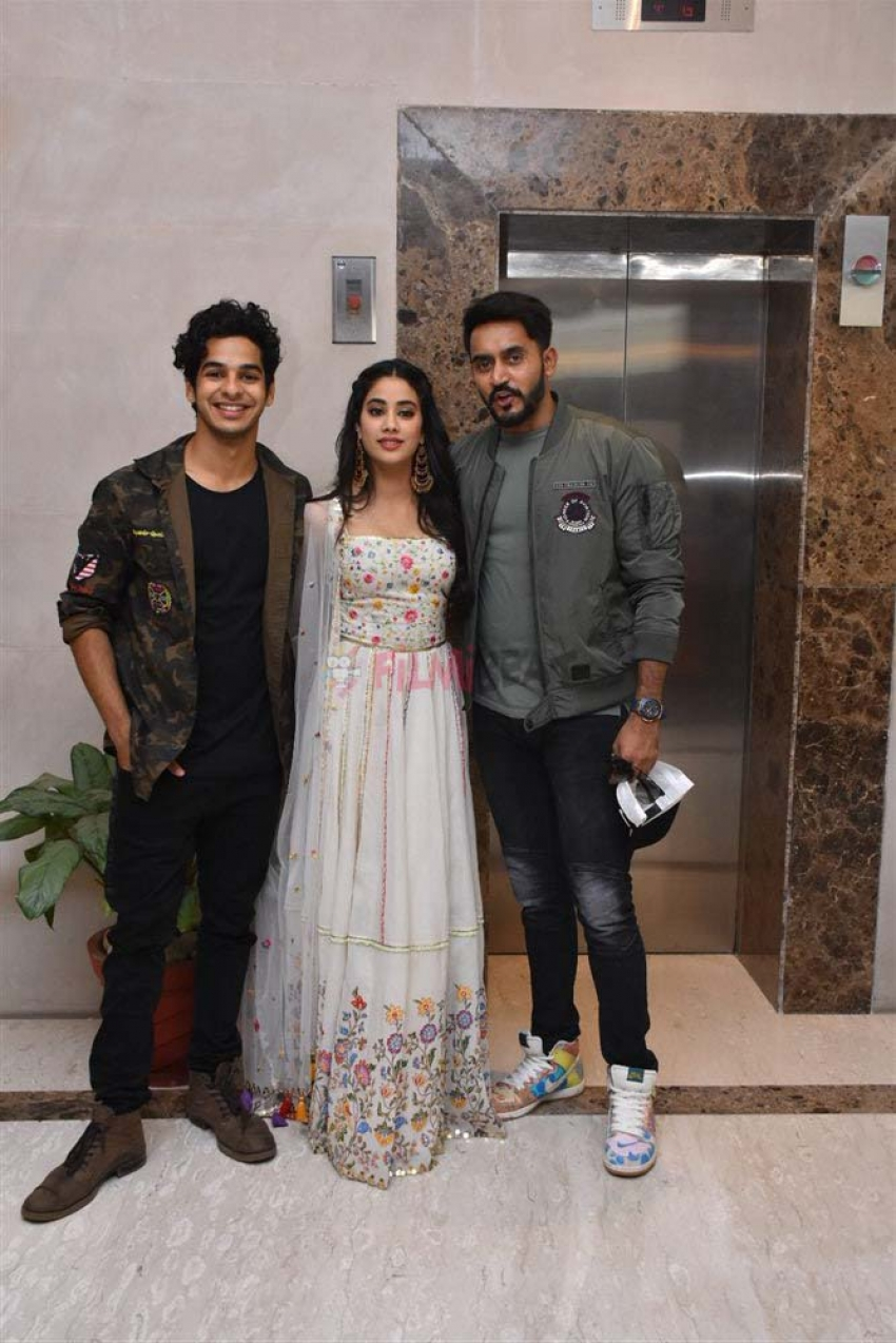 Jhanvi Kapoor & Ishan Khattar Promotion Photoshoot For Dhadak In New Delhi Photos