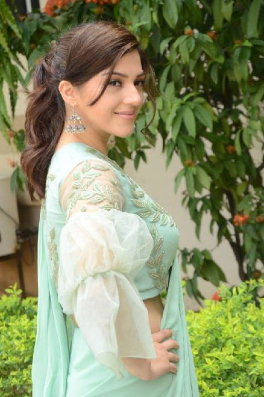 Mehrene Kaur Pirzada Photos