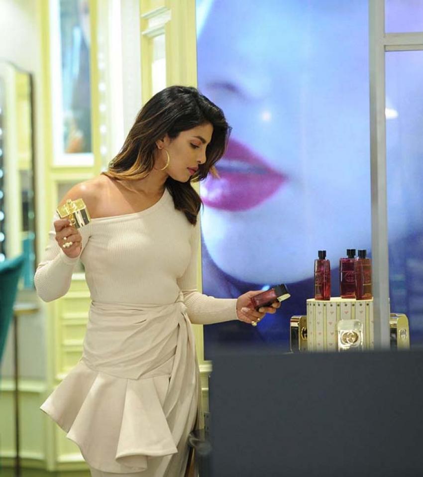Priyanka Chopra Shops At Saks Fifth Avenue In New York Photos