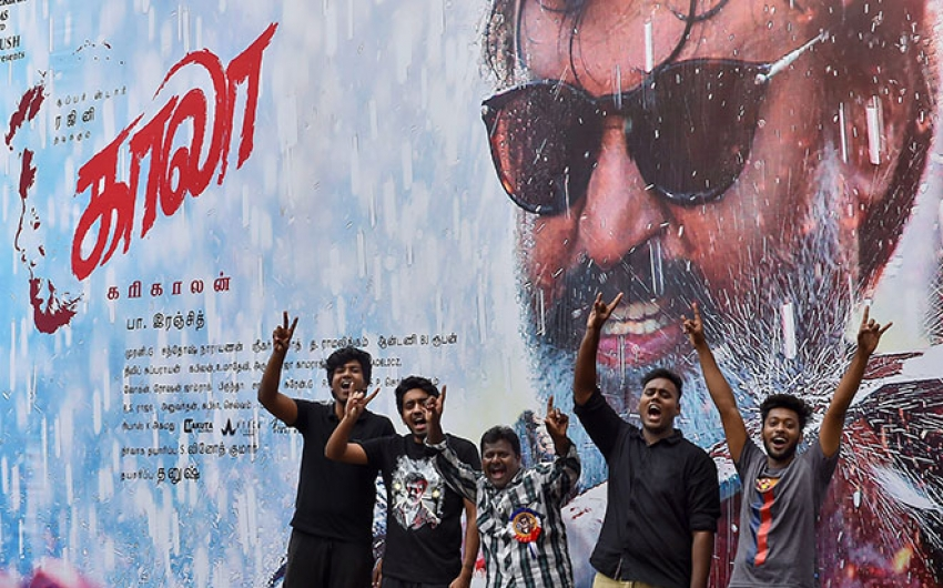 Rajinikanth's Fan's Celebrating Kaala's First Day First Show In Mumbai Photos