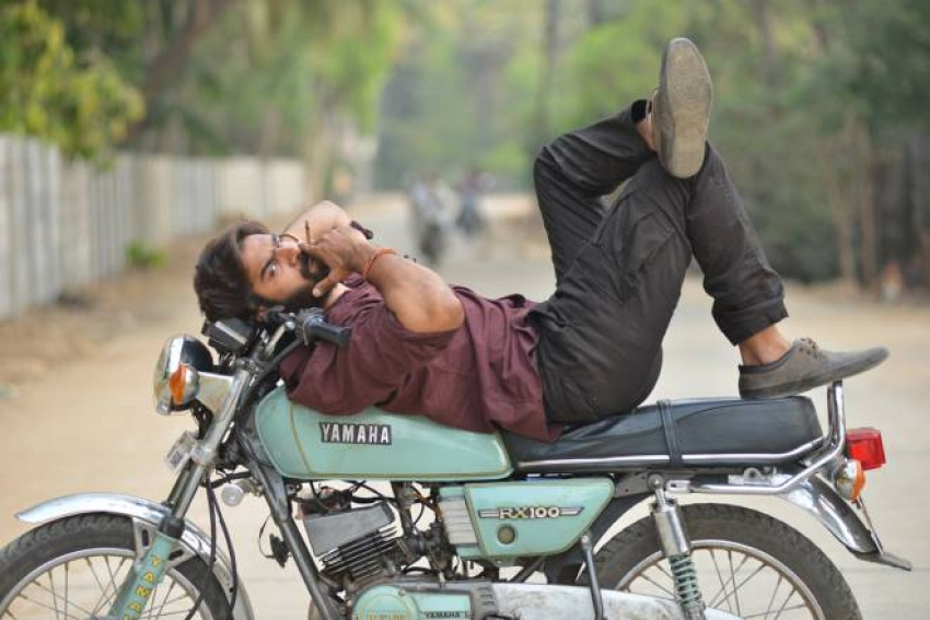 Rx100 Photos Hd Images Pictures Stills First Look Posters Of