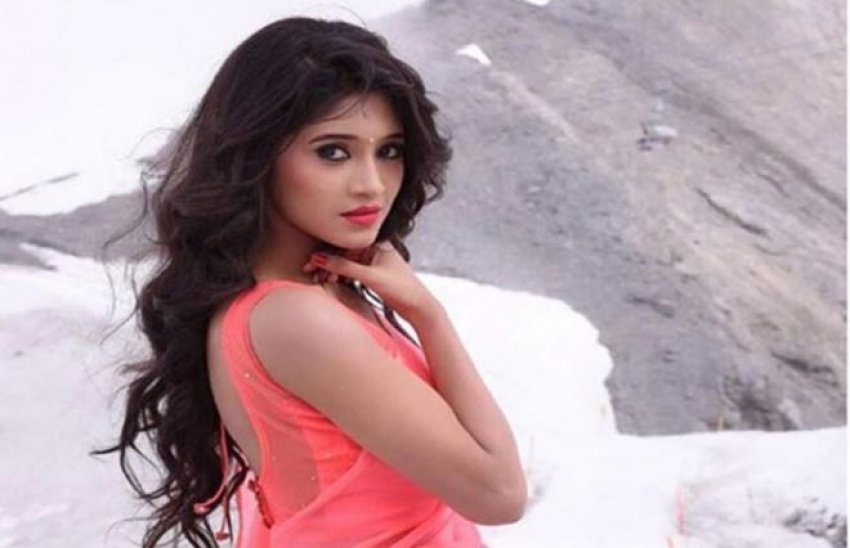 Shivangi Joshi Photos