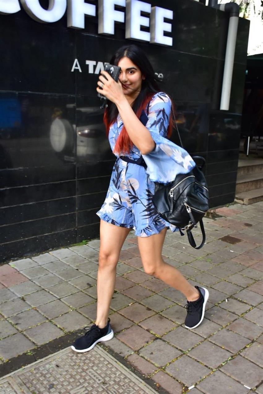 Adah Sharma Spotted At Star Bucks Photos