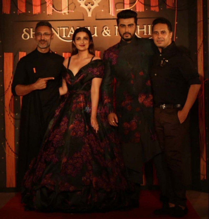 Arjun Kapoor & Parineeti Chopra Walked RampFor Designer Shantanu And Nikhil Photos