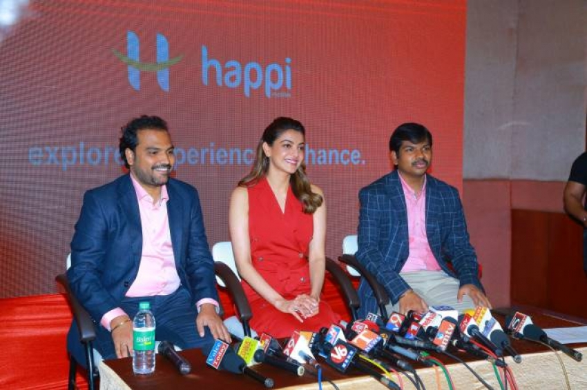 Kajal Agarwal Launched Happi Mobiles Show Room At Hanumakonda Photos