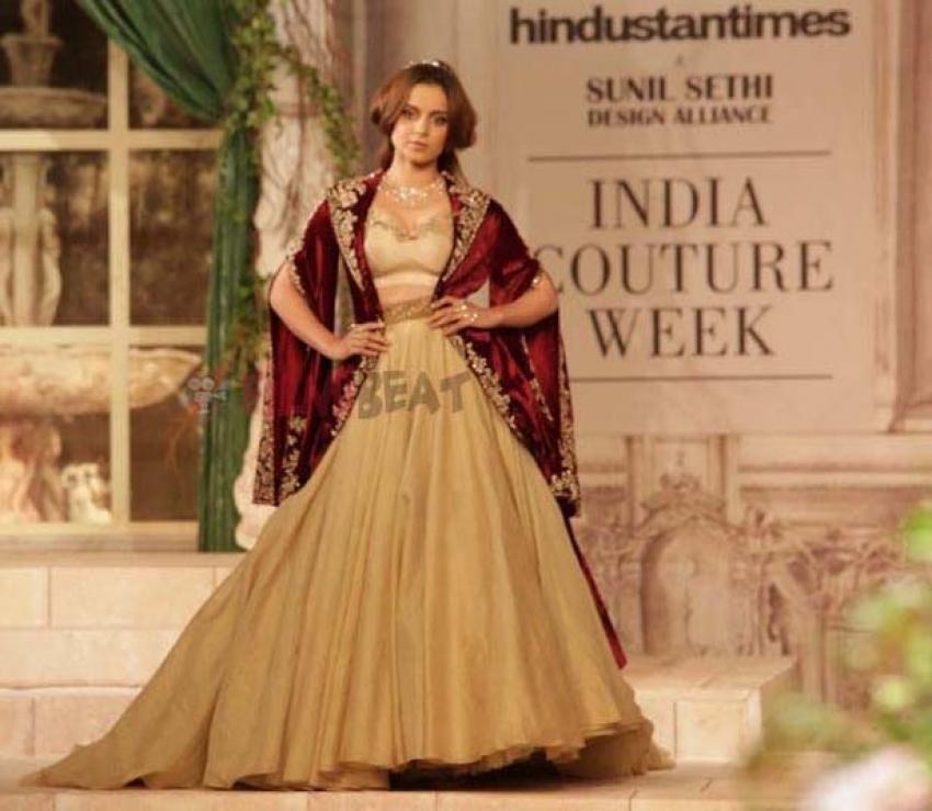 Kangana Ranaut walks the ramp for designer Anju Modi at the ICW 2018 Photos