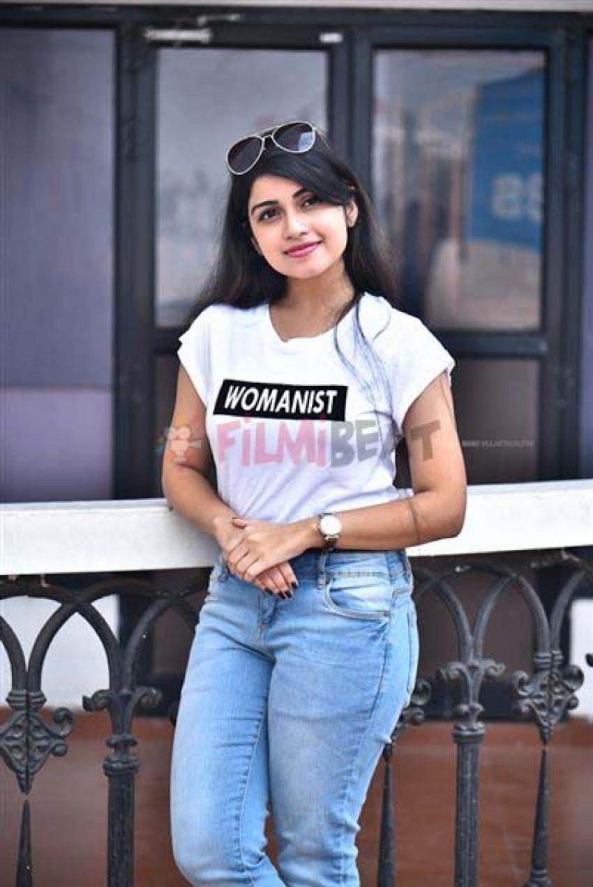 Manasa Radhakrishnana Photos