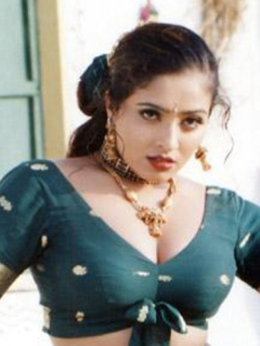 Mumtaj Photos