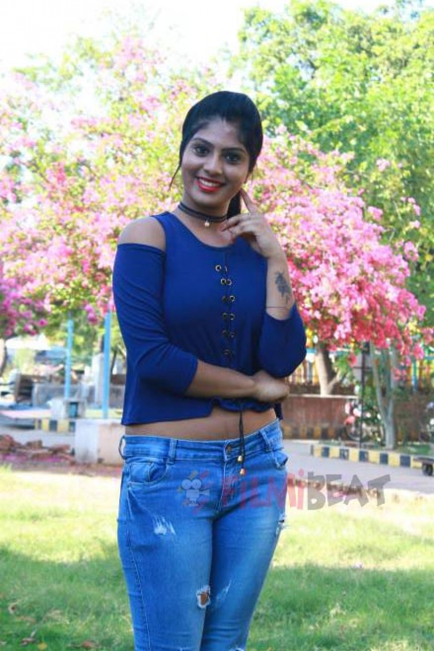 Parthiban Kadhal Movie Press Meet Photos