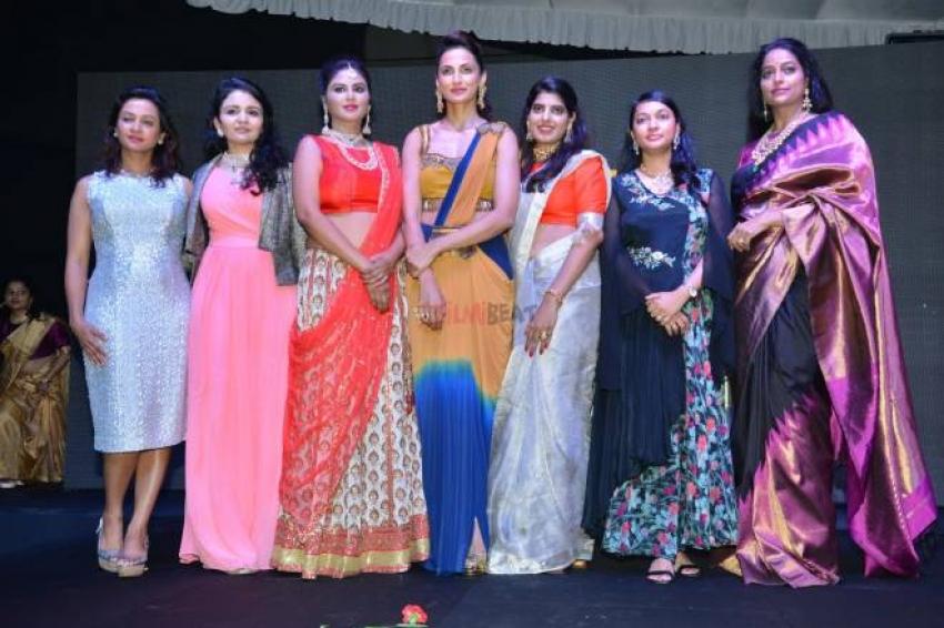 Sneha Reddy Jewellery Launch Fashion Show Photos