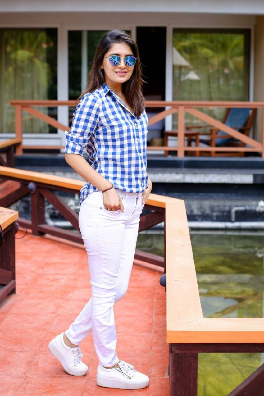 Vani Bhojan Photos