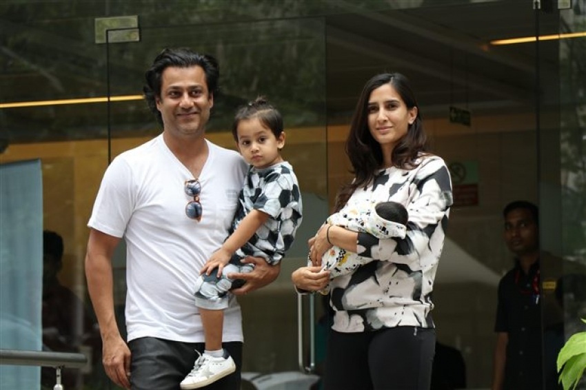 Abhishek Kapoor With Wife And New Born Baby Spotted At Hinduja Hospital Photos