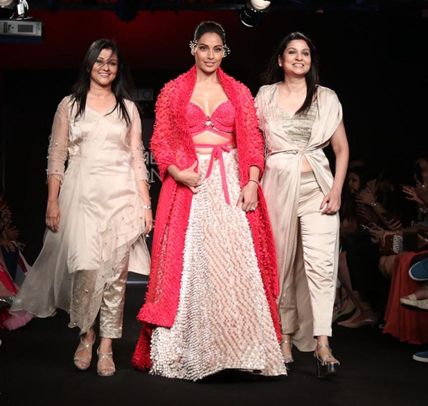 Bipasha Basu walks the Ramp at Lakme Fashion week 2018 Photos