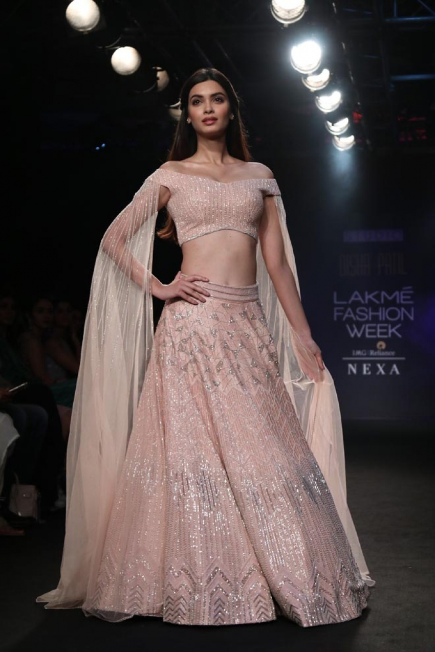 Diana Penty walk the ramp at Lakme Fashion Week 2018 Photos