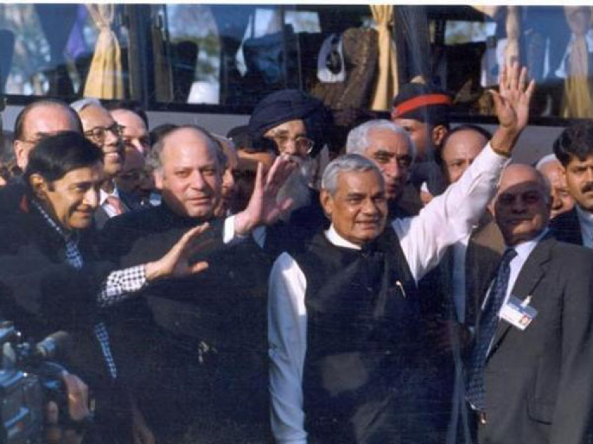 Former PM Atal Bihari Vajpayee seen with celebs at various occasions Photos