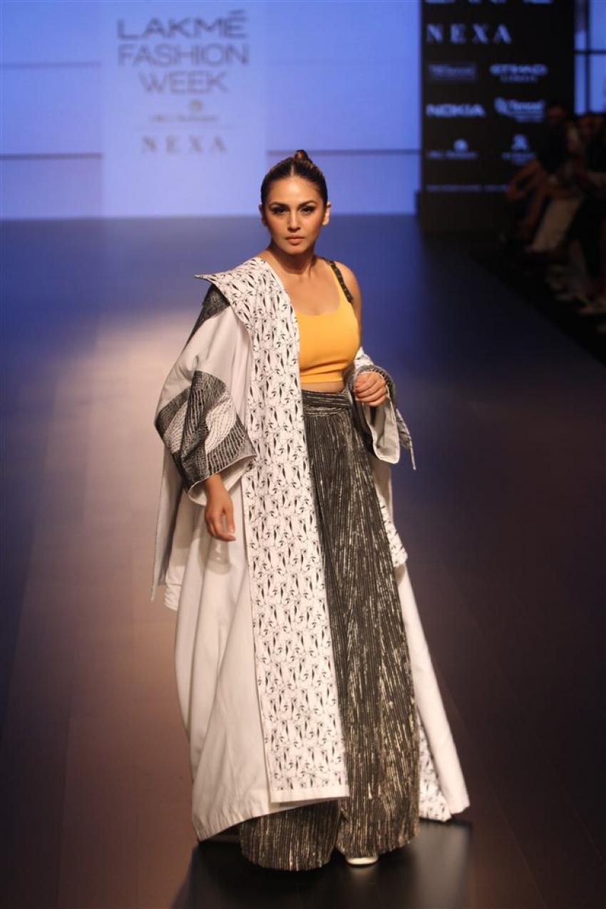 Huma Qureshi & Saqib Saleem walk the ramp at the Lakme Fashion Week 2018 Photos